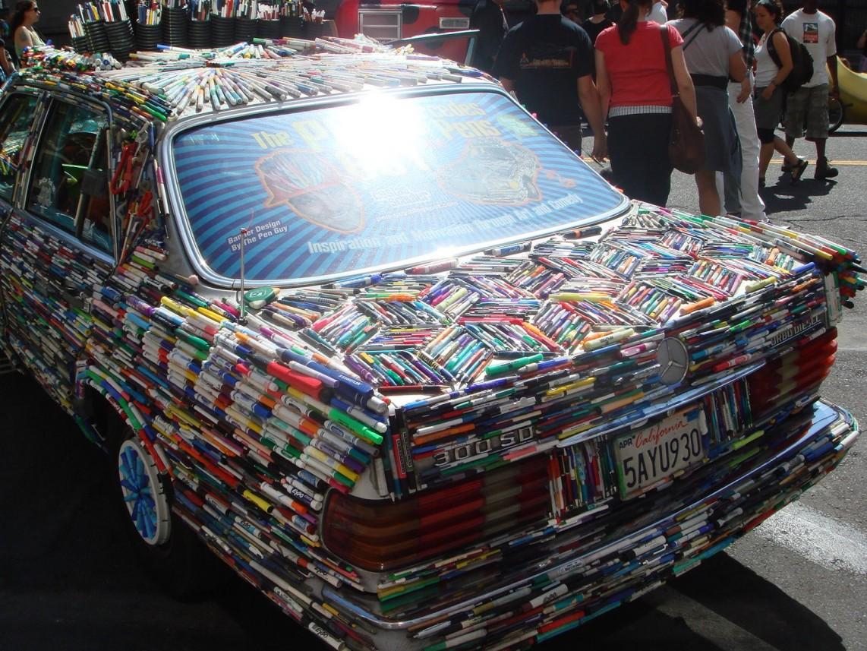 Mercedes Pens Art Car Fins
